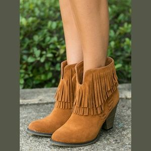 Shoes - ♥TAN SUEDE BOOTS-♥NIB